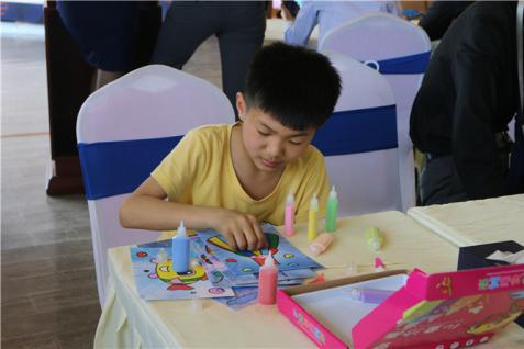 【鹏宇城】七彩童年 欢乐六一 沙画DIY活动完美收官